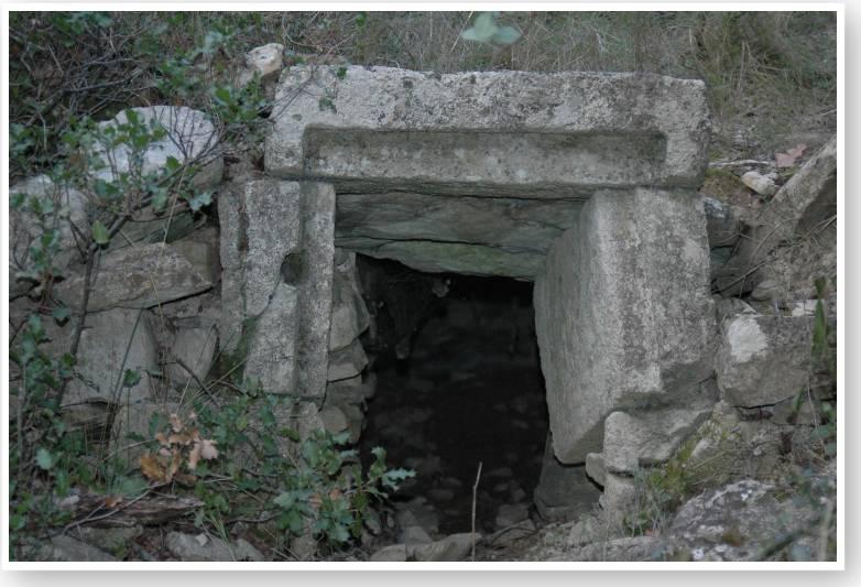 Vieilles pierres en vaunage suite n 2 - Glaciere ancienne ...